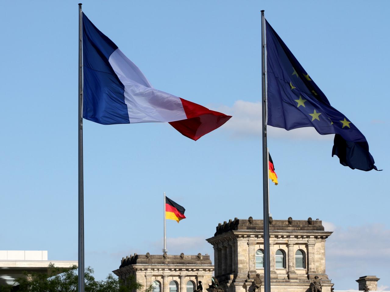 Parlamentspräsidenten werben für deutsch-französische Freundschaft